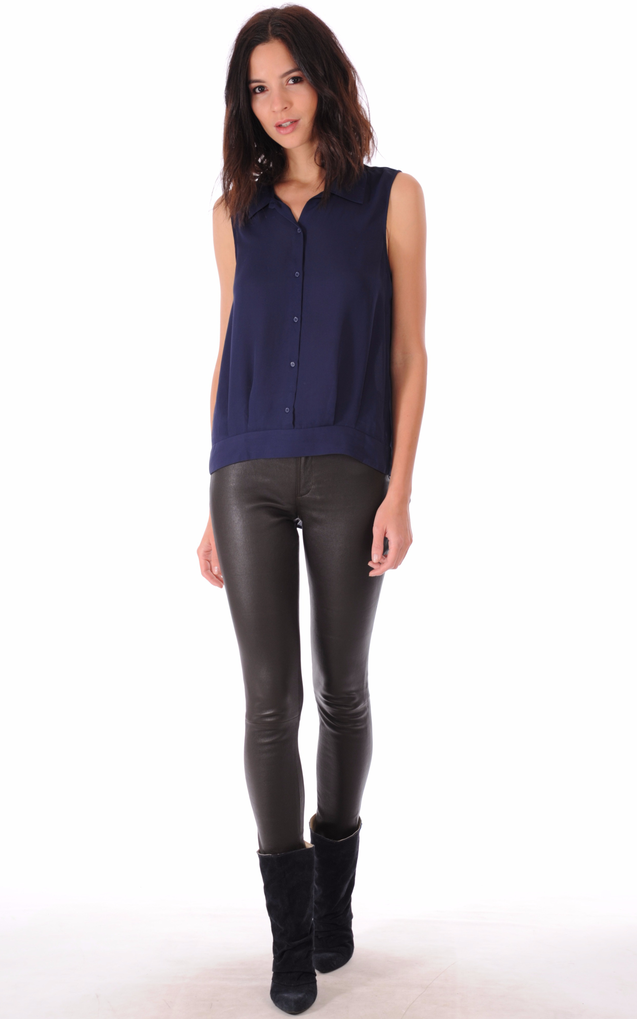 pantalon cuir slim marron la canadienne la canadienne pantalon short cuir marron. Black Bedroom Furniture Sets. Home Design Ideas