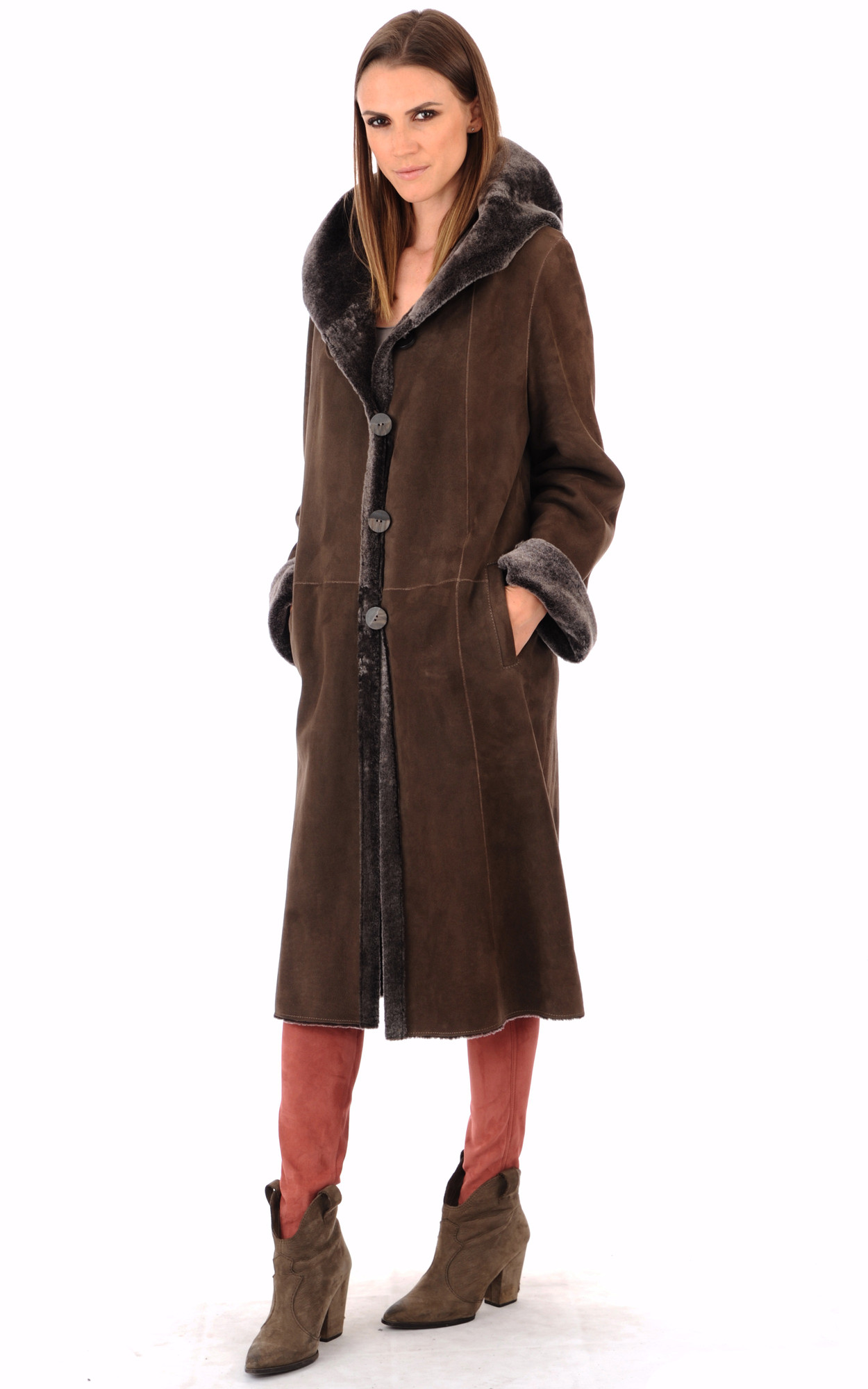 Manteau court peau retournee femme