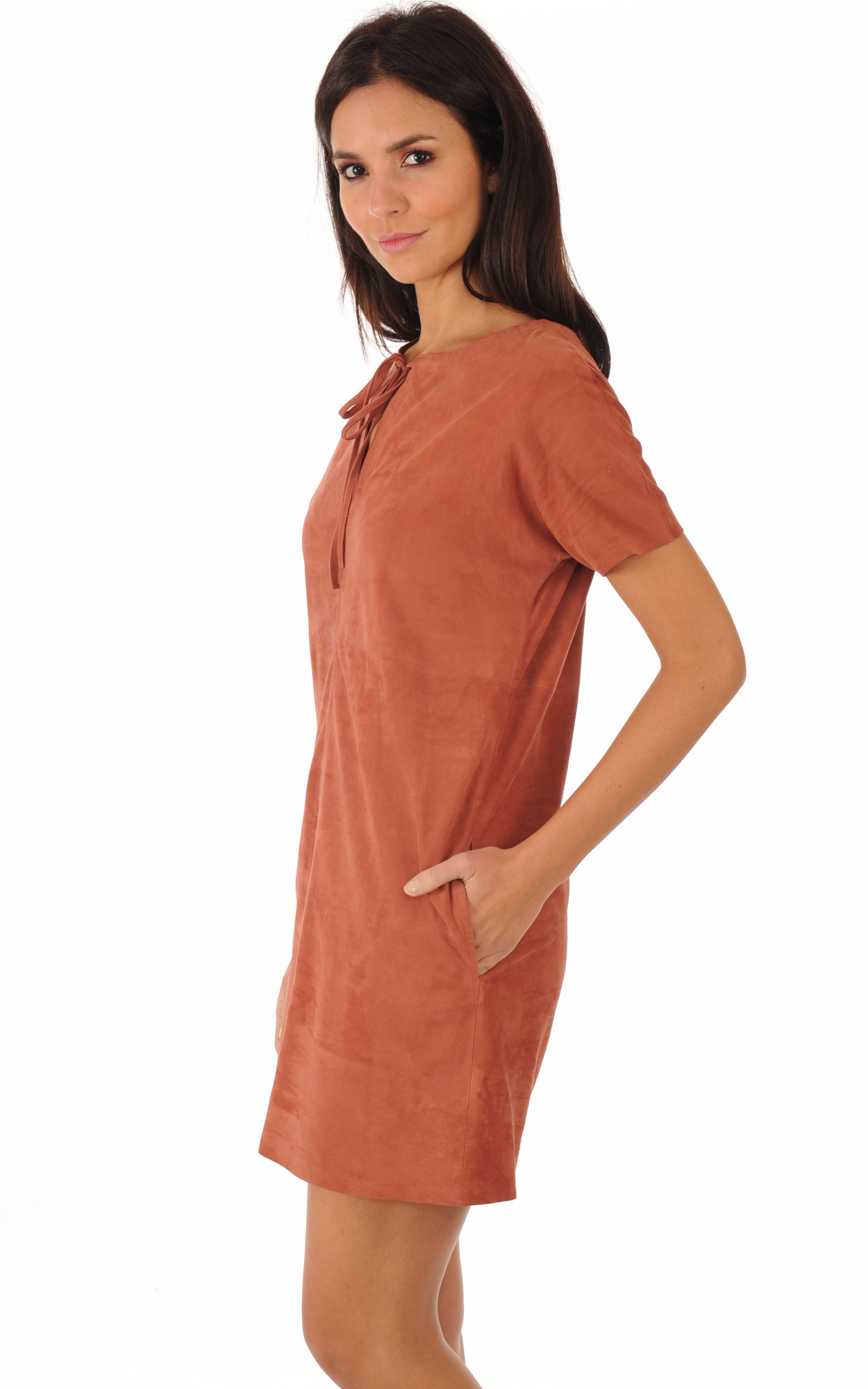 Robe Cuir Aspect Velours Ocre