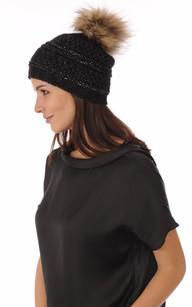 Bonnet Noir Laine avec Pompon Fourrure1