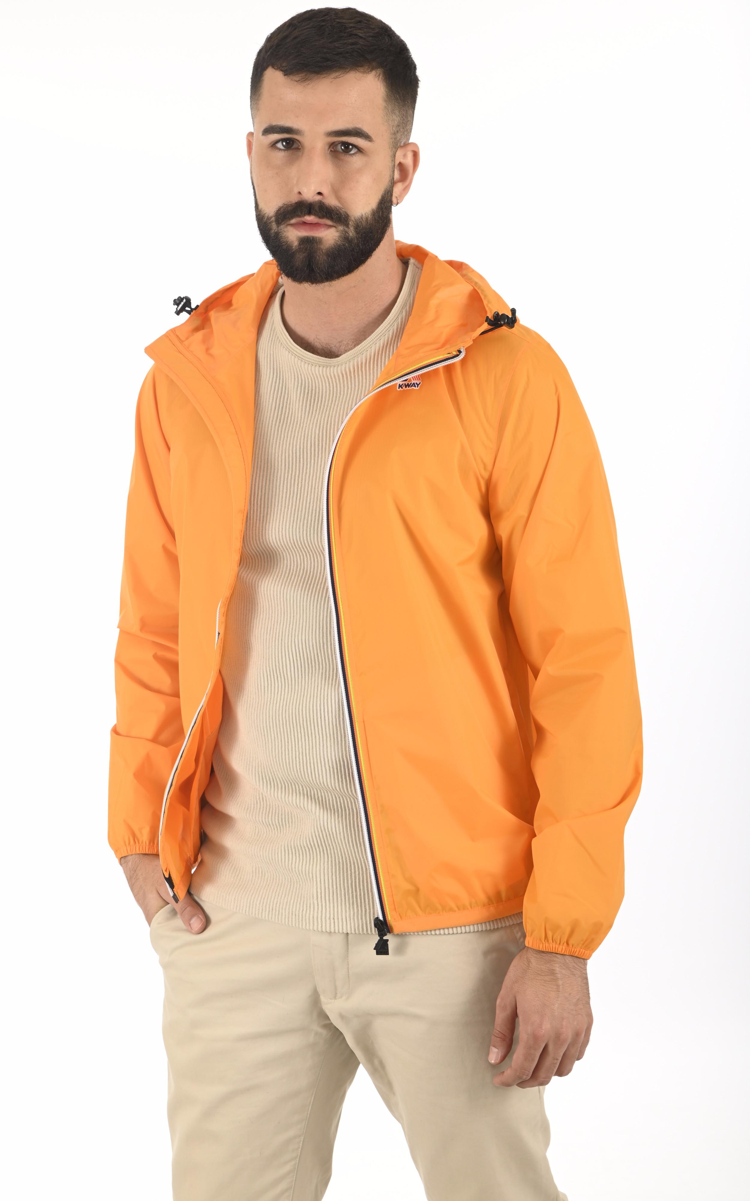 Le Vrai Claude 3.0 orange K-Way