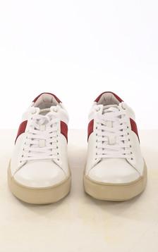Baskets en cuir blanches et rouge
