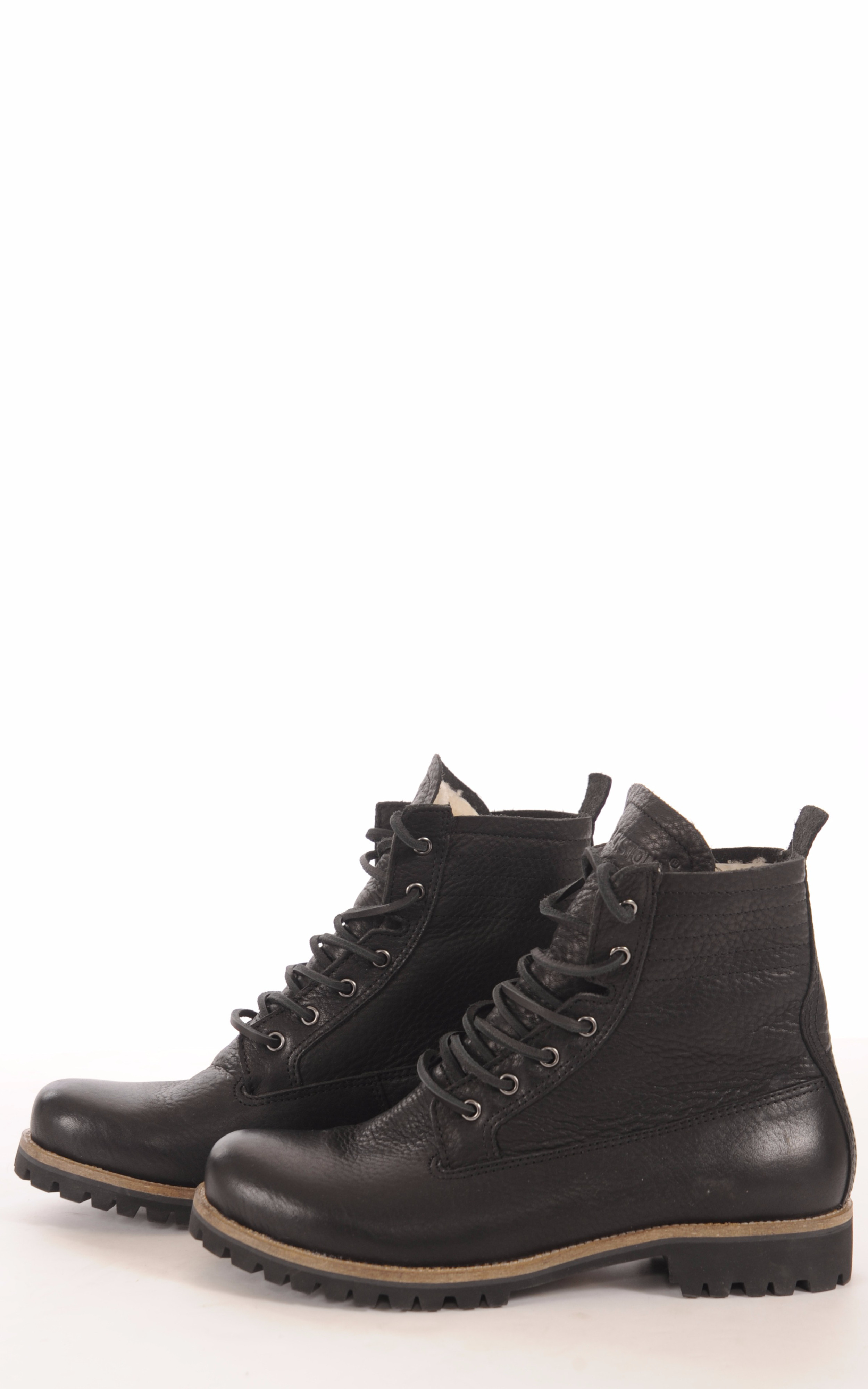 Boots Vachette et Mouton Noir Femme Blackstone