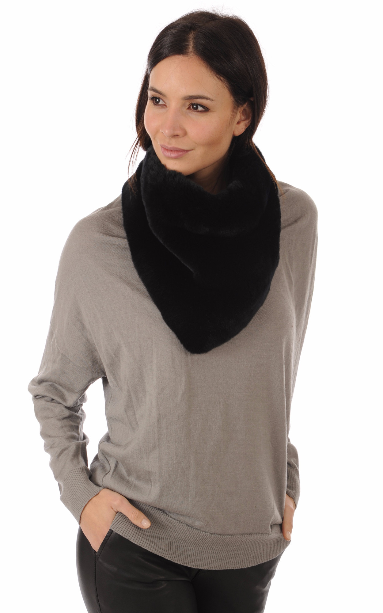 Large Snood Noir Fourrure Rex