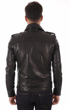 Perf Cuir Noir Dyer