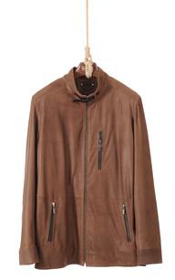 Comment nettoyer une veste en cuir daim