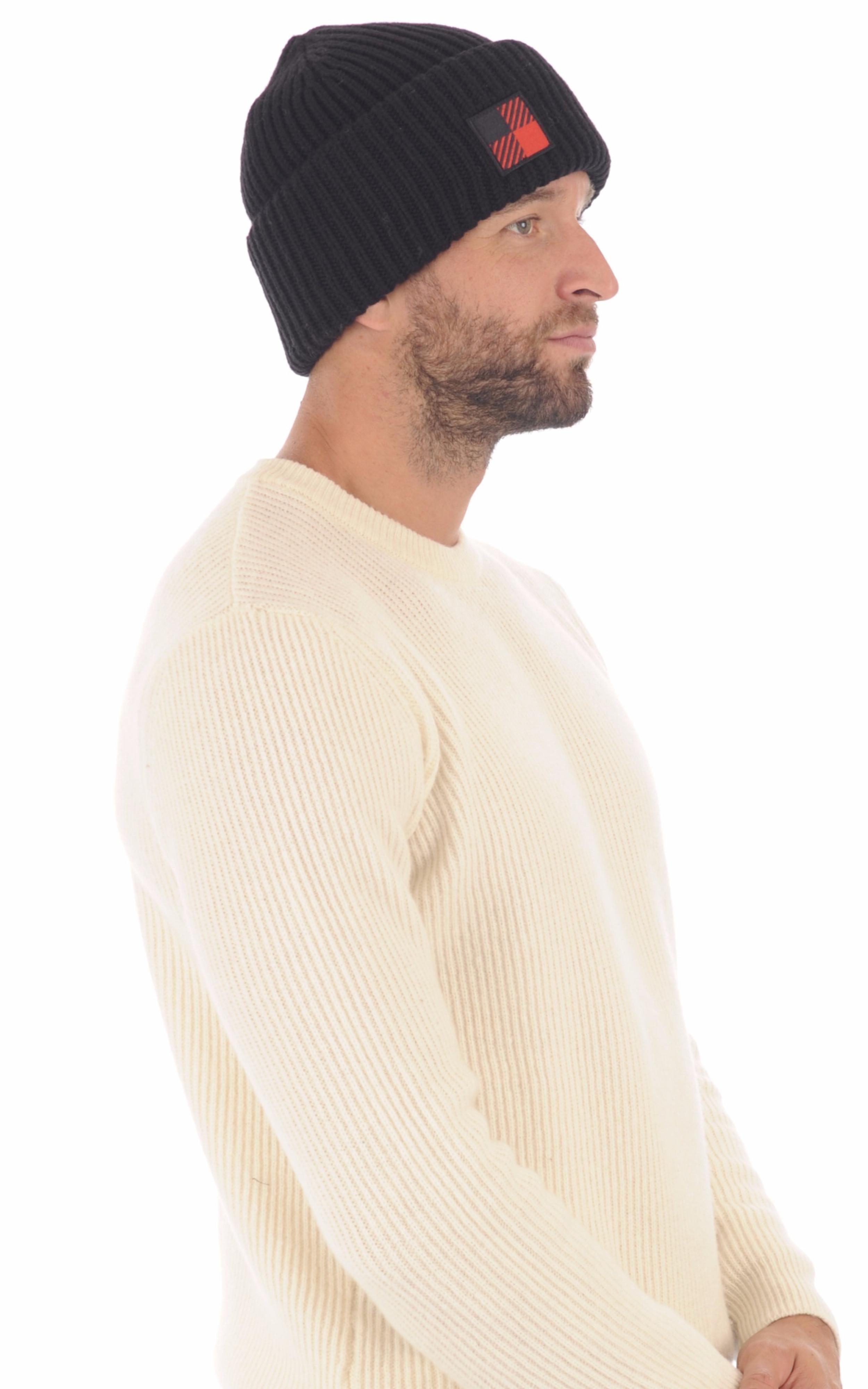 Bonnet en laine noir Woolrich