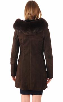 Peau lainée bordée renard