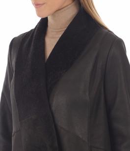 Veste en peau lainée marron foncé Germans