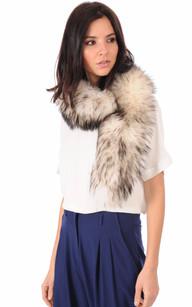 Col en Fourrure de Raccoon Gris et Blanc pour Femme1