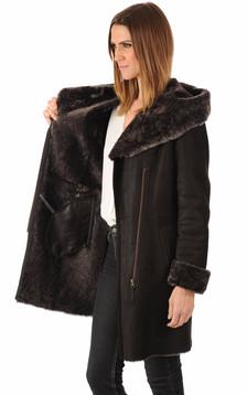Peau lainée patinée marron foncé