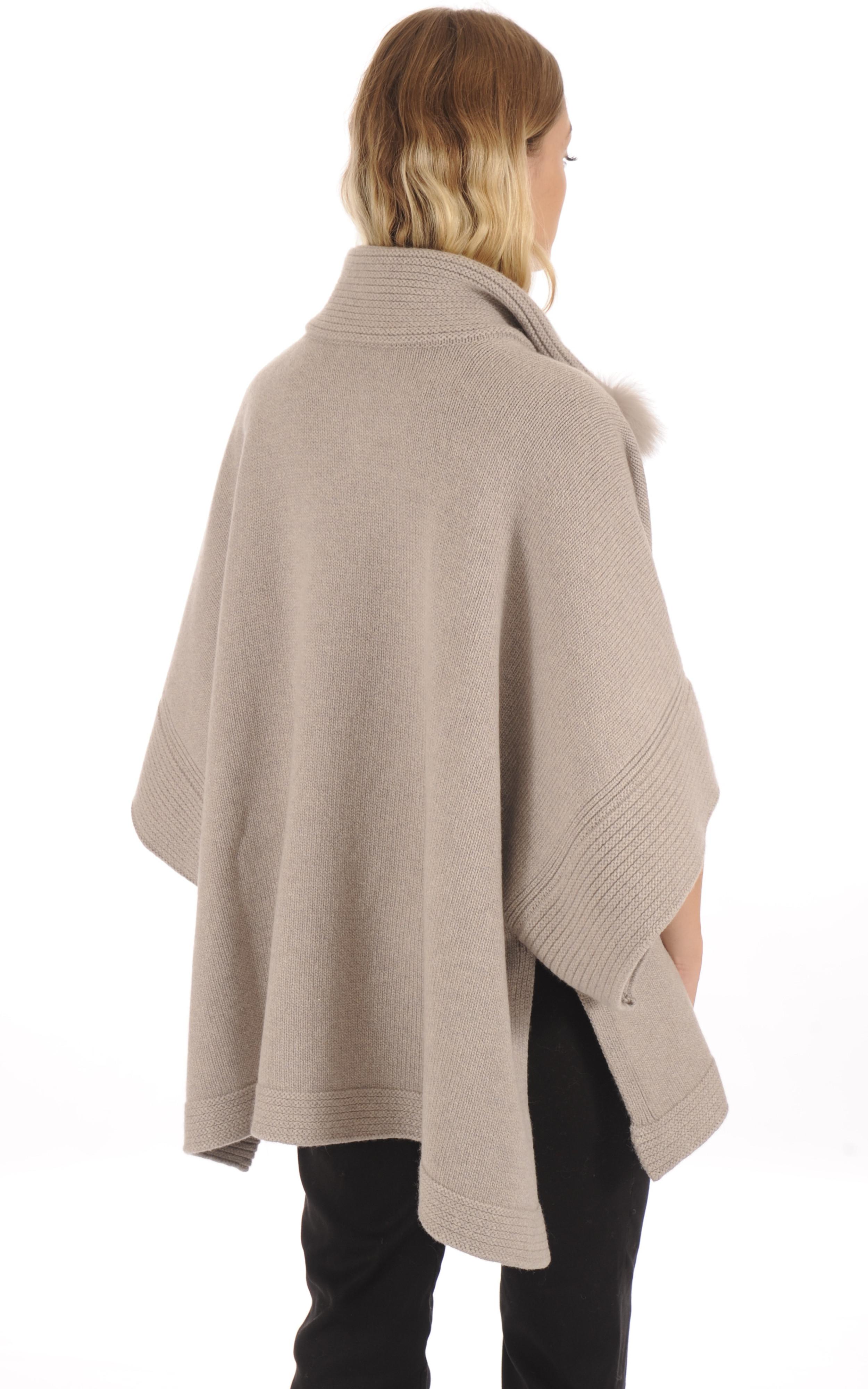 Poncho en laine taupe bordé de fourrure Regina