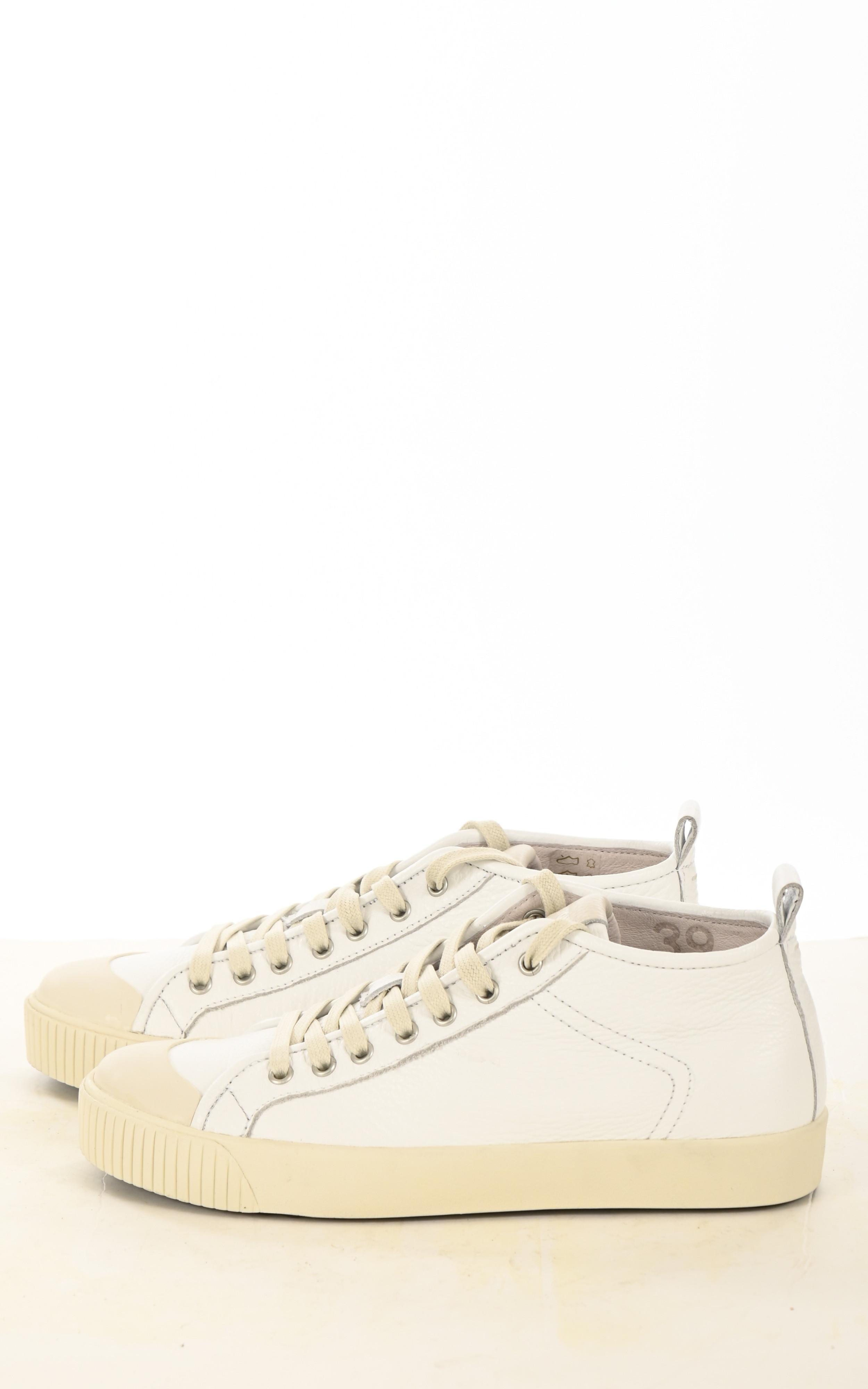 Baskets en cuir blanches Blackstone