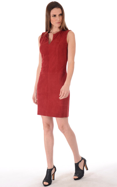 robe cuir velours rouge la canadienne la canadienne. Black Bedroom Furniture Sets. Home Design Ideas