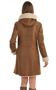 Peau lainée camel