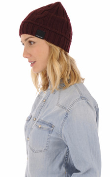 Bonnet en laine bordeaux1