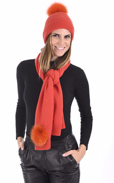 Bonnet cachemire et renard orange