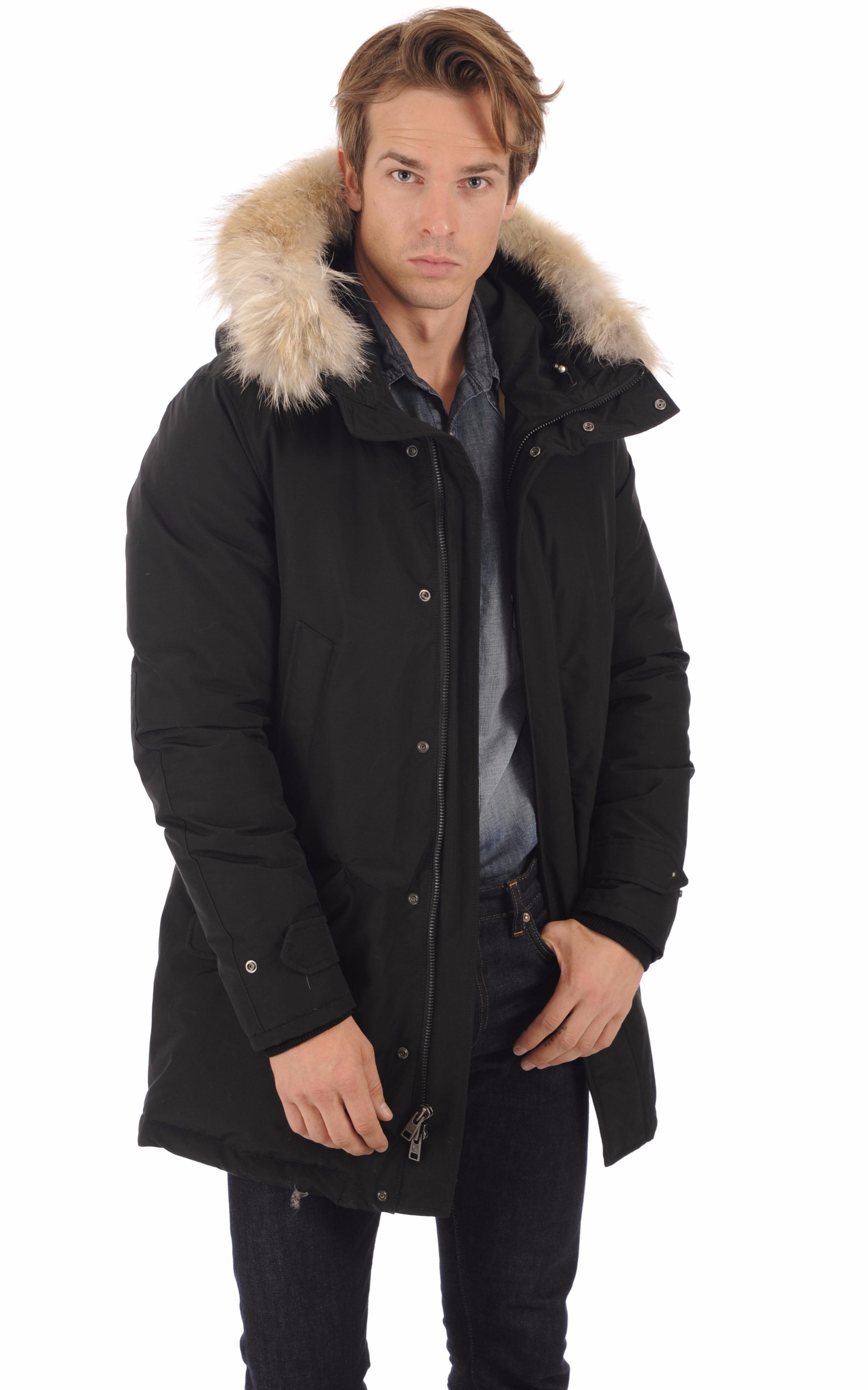 Doudoune Polar noire avec fourrure Woolrich