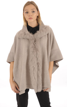 Poncho en laine taupe1