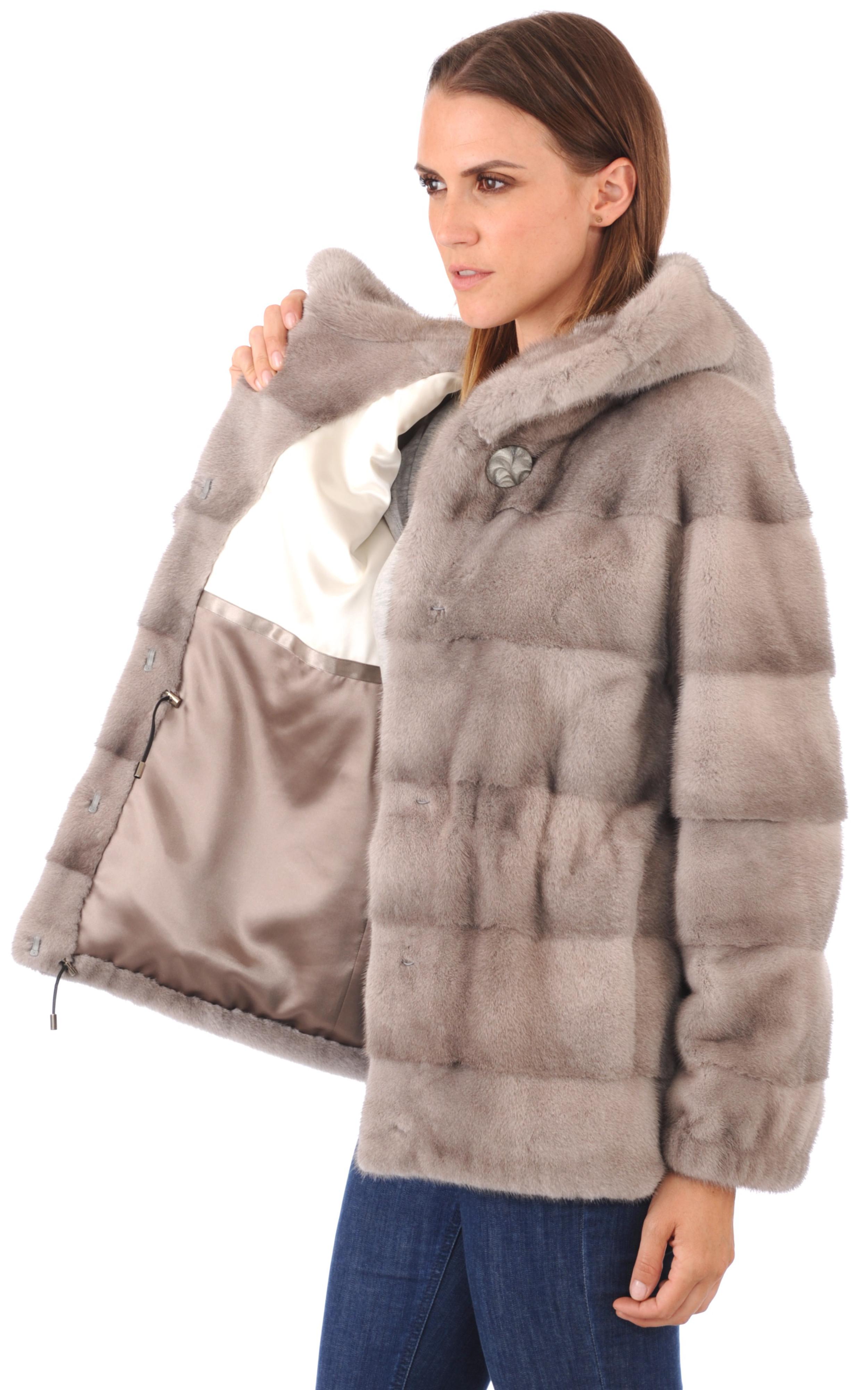 veste en vison avec capuche la canadienne la canadienne. Black Bedroom Furniture Sets. Home Design Ideas