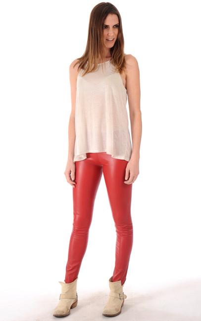 leggings cuir rouge vif la canadienne la canadienne pantalon short cuir rouge. Black Bedroom Furniture Sets. Home Design Ideas