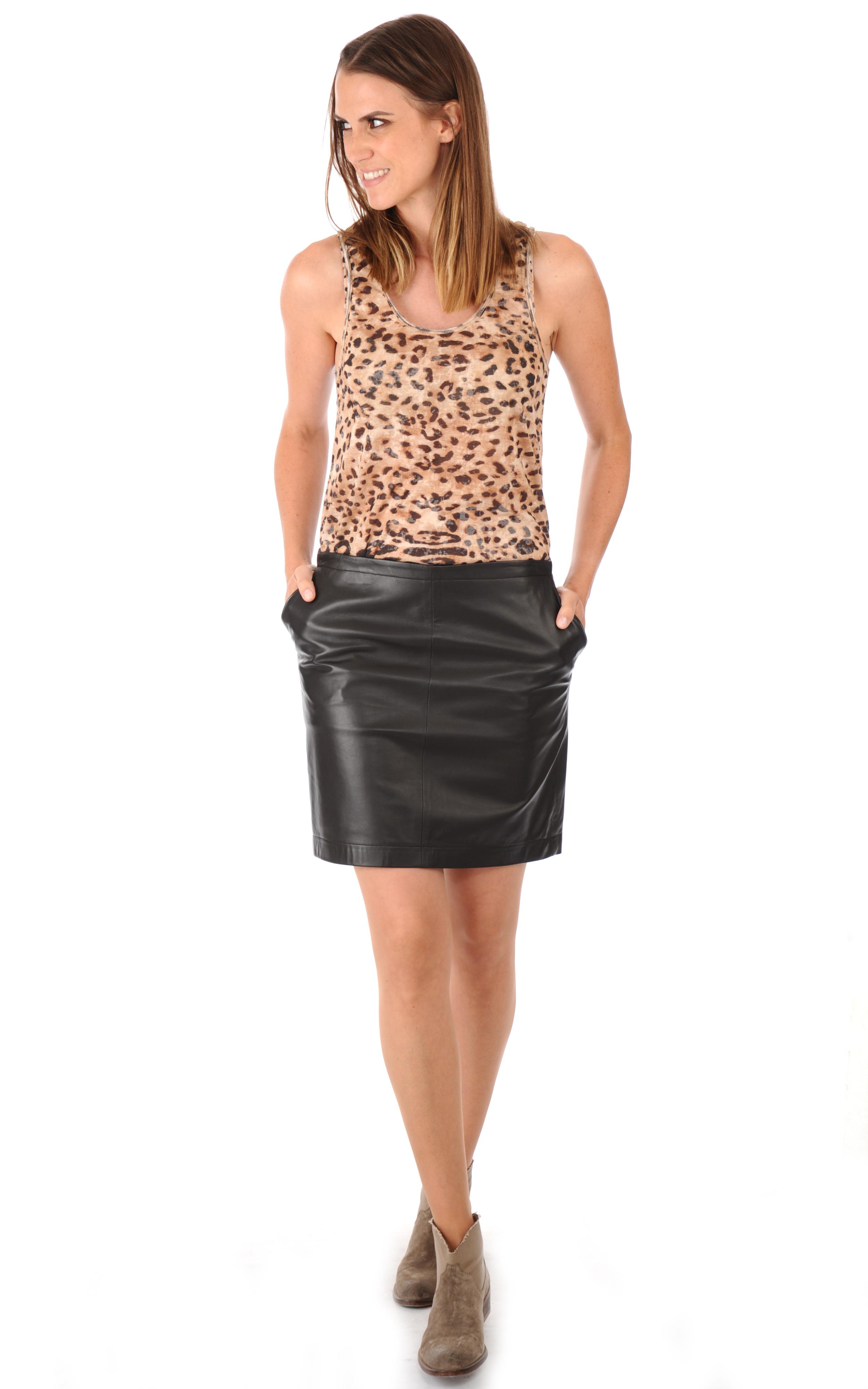 jupe droite cuir agneau marron la canadienne la. Black Bedroom Furniture Sets. Home Design Ideas