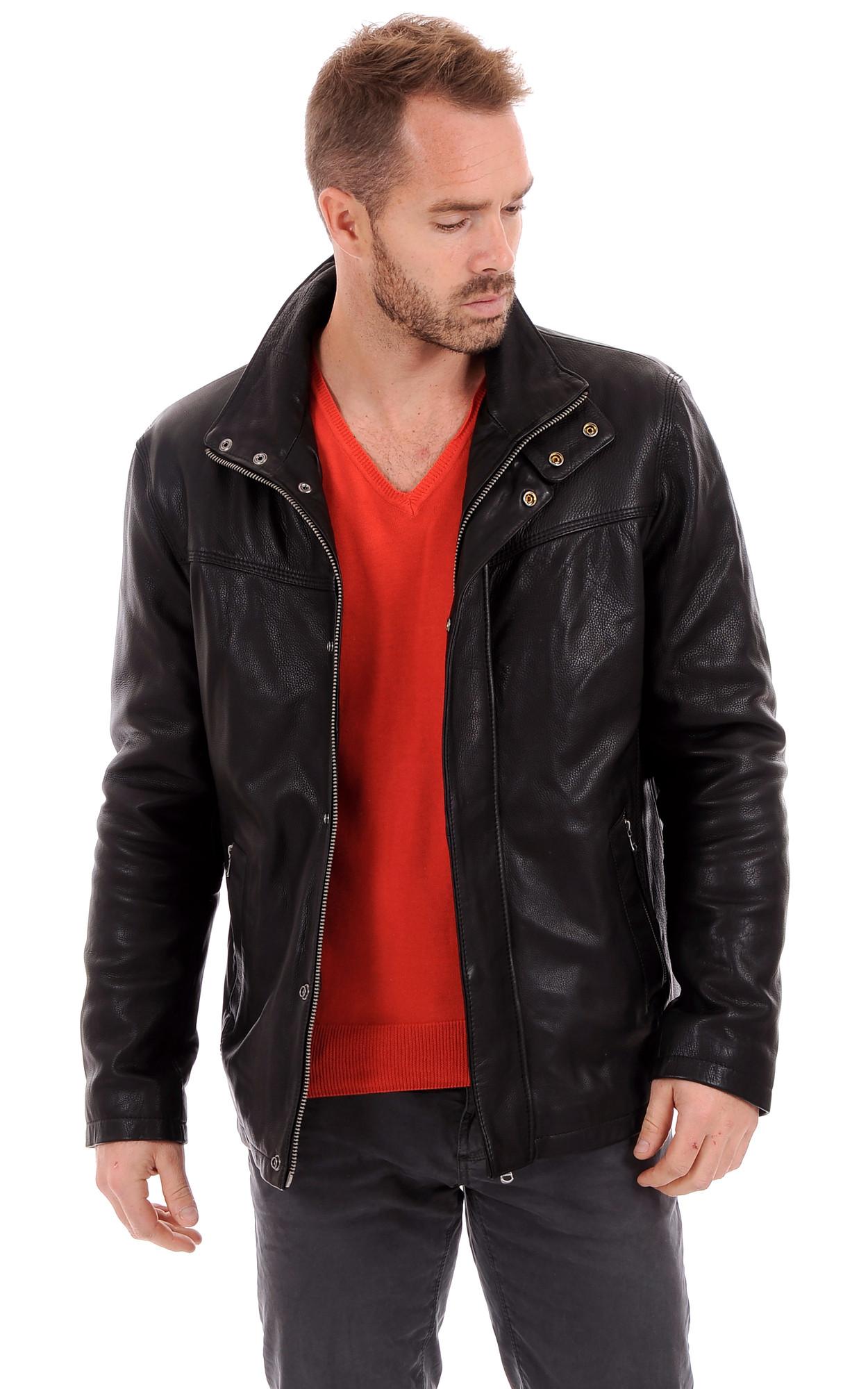 Veste courte cuir noir