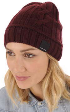 Bonnet Cable elderberry