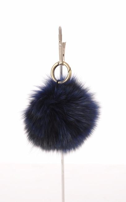 Porte Clef Fourrure de Renard Bleue Miss Code